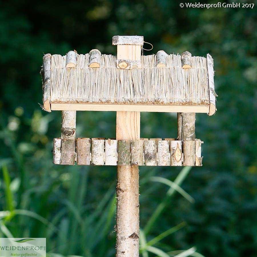 vogelfutterhaus vogelhaus mit standfuss aus birkenholz vogelh user mit st nder ebay. Black Bedroom Furniture Sets. Home Design Ideas